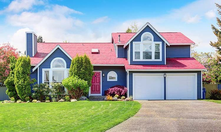 A Guide to Painting The Exterior Trim of Your Home